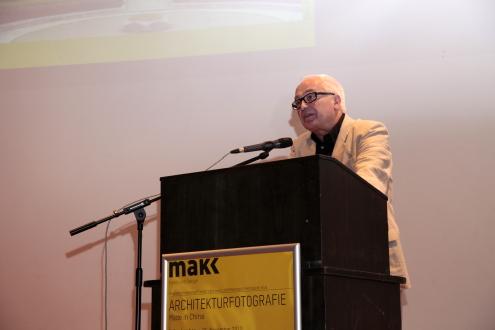 Dr. Norbert Moos